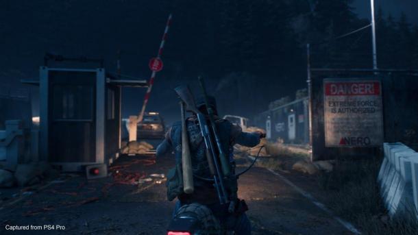 《往日不再》武器有五个等级 近战格斗含自动锁定系统