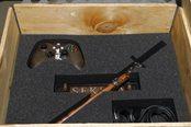 《只狼》限定版X1X主机 买主机送武士刀