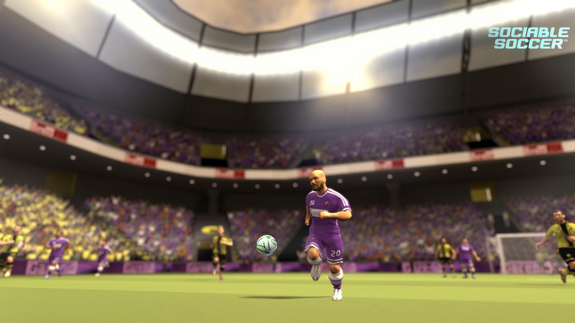 交际足球图片