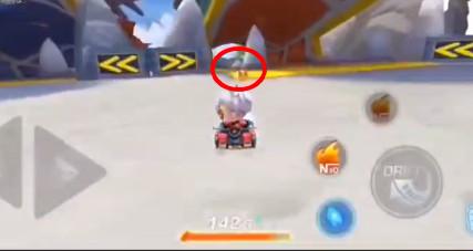 跑跑卡丁车手游在巨大龙首前寻找宝藏位置详解