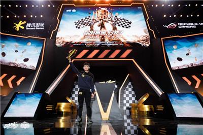 ROG3冠名QQ飞车手游车神赏金赛,游戏手机将成移动电竞标配